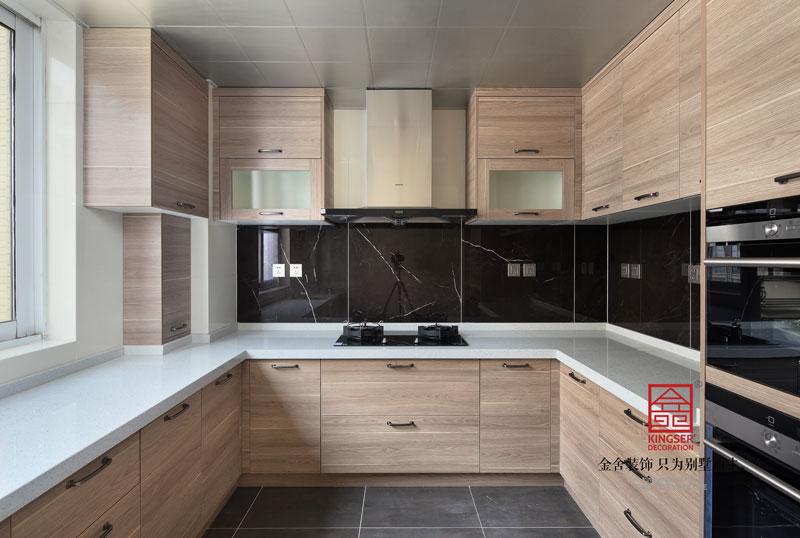 国富华庭180平米港式风格装修厨房设计实景图