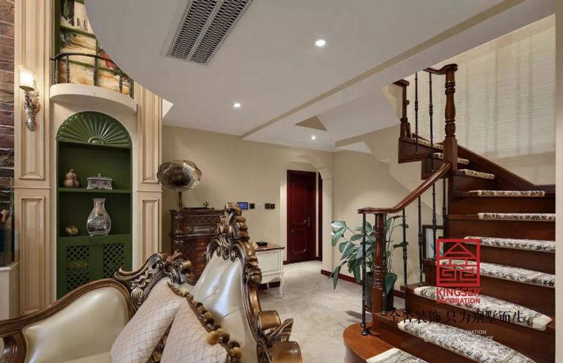 别墅楼梯装修价格预算别墅豪宅楼梯装修常见问题