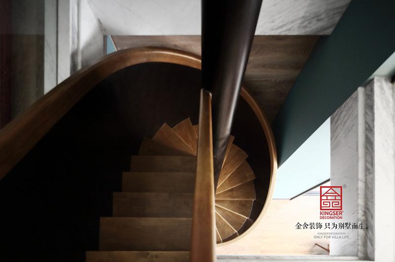 御河上院220㎡裝修-現代輕奢-樓梯
